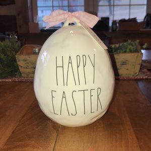 """Rae Dunn """"Happy Easter"""" egg"""